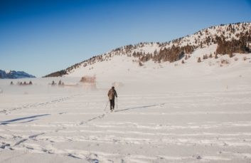 Snowshoe hike at Pointe d'Andey